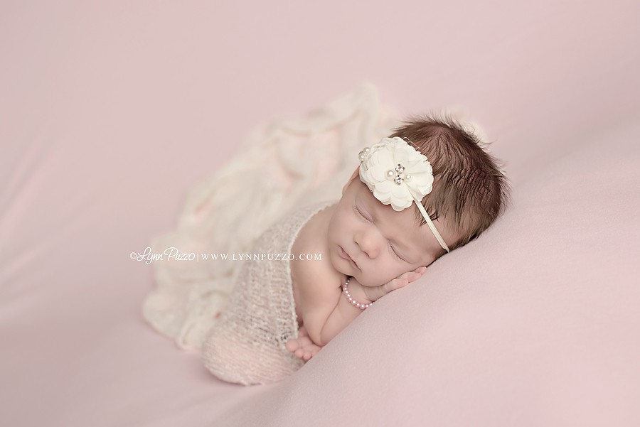 Stamford Connecticut Newborn Photographer, Central Connecticut Newborn Photographer, Lynn Puzzo Photography, Lynn Puzzo Newborns, Newborn Session, Newborn Portraits, Connecticut Newborn Baby Photographer