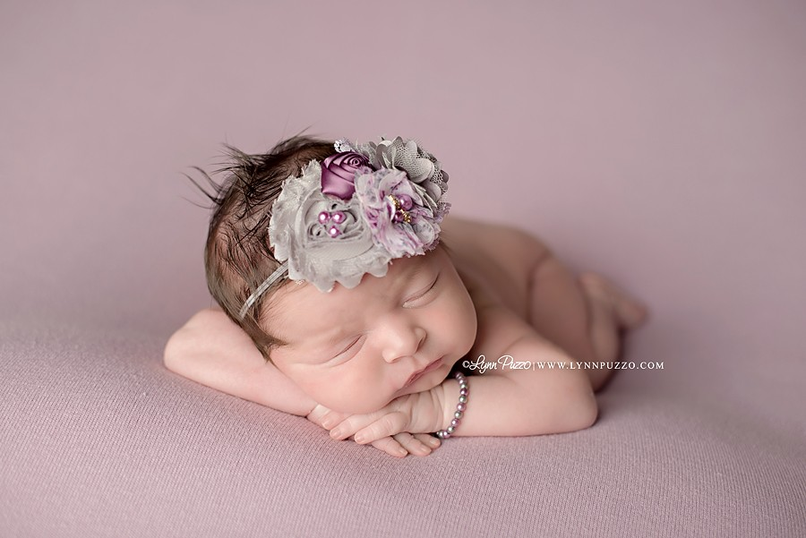 newborn baby photographer ct, connecticut newborn photographer, ct newborn photographer, newborn photographer ct, lynn puzzo photography