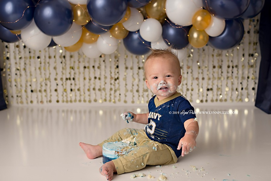 Newnan Cake Smash Photographer | Lucas